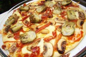 Pizza de Mini Alcachofras e Cogumelos