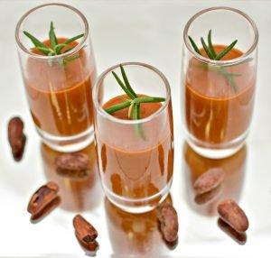 Creme de Tomate Picante com Chocolate Intenso – Mirian Rocha