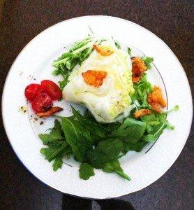 Salada com Creme de Queijo e Nozes