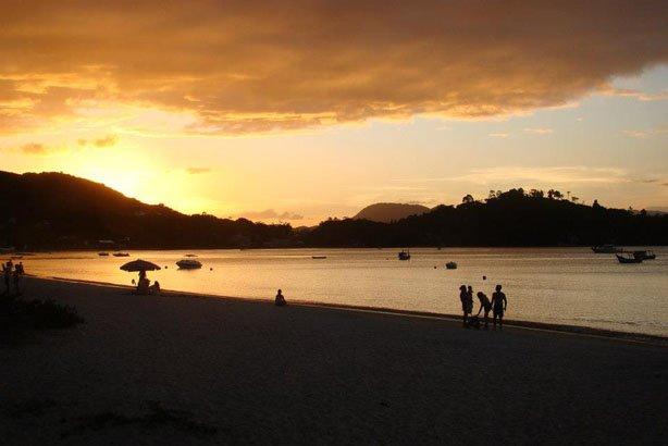 Por de sol em Porto Belo - SC
