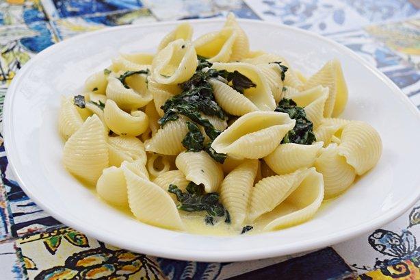 Conchiglie com Espinafre e Gorgonzola