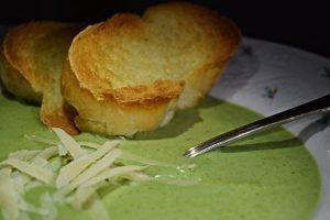 Sopa Creme de Espinafre e Queijo