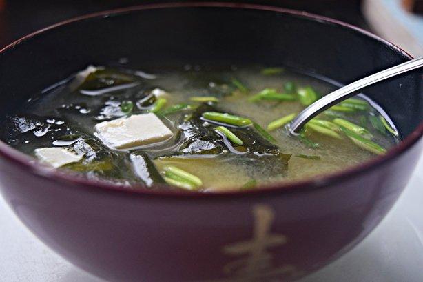 Missoshiru de tofu e wakame
