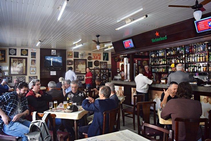 Bar Stuart – Fazendo parte da história de Curitiba desde 1904
