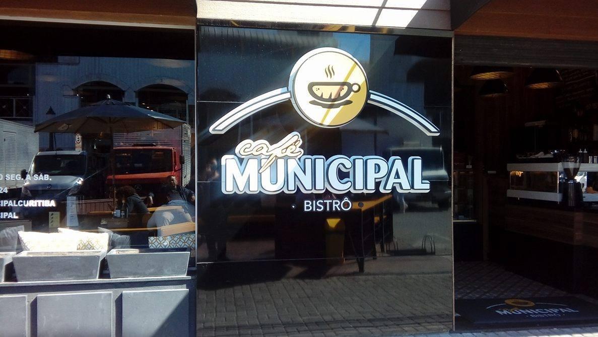 Daqueles encontros inesperados – Café Municipal – Curitiba