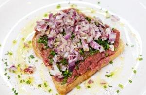 Carne de Onça – Quem tem pressa, come cru!
